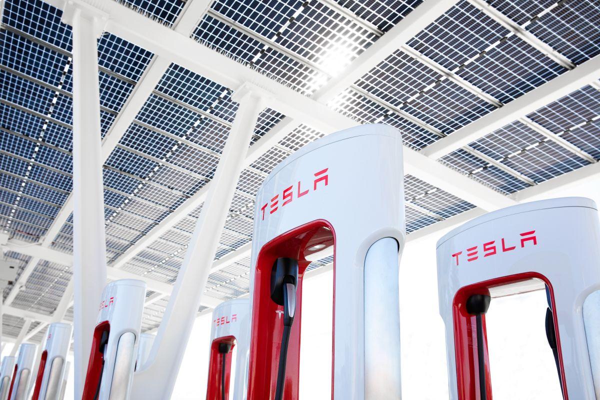 En la actualidad, la red Supercharger V3 se carga a velocidades de hasta 250 kW.