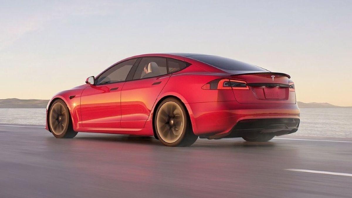 El nuevo Tesla Model S Plaid cuenta con lo último en tecnología de la firma.