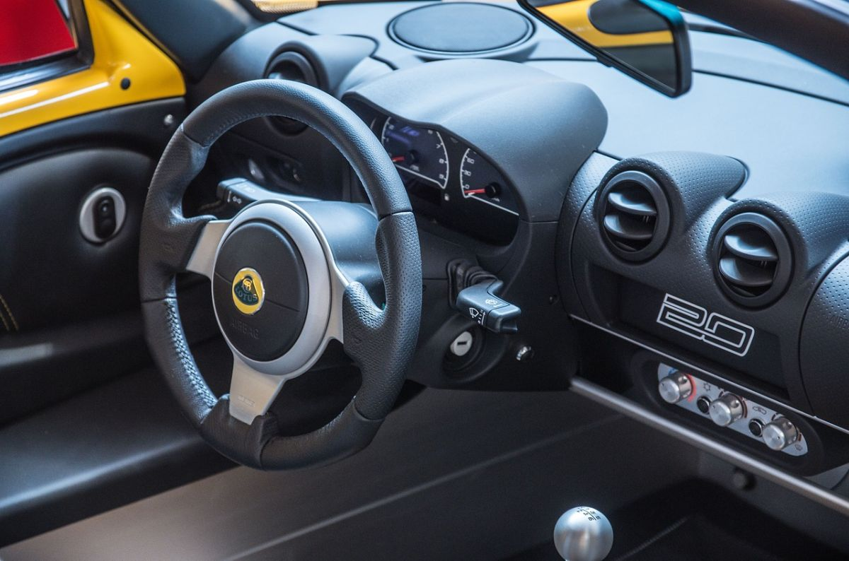 Tablero del auto: con qué productos caseros se puede y no se puede limpiar