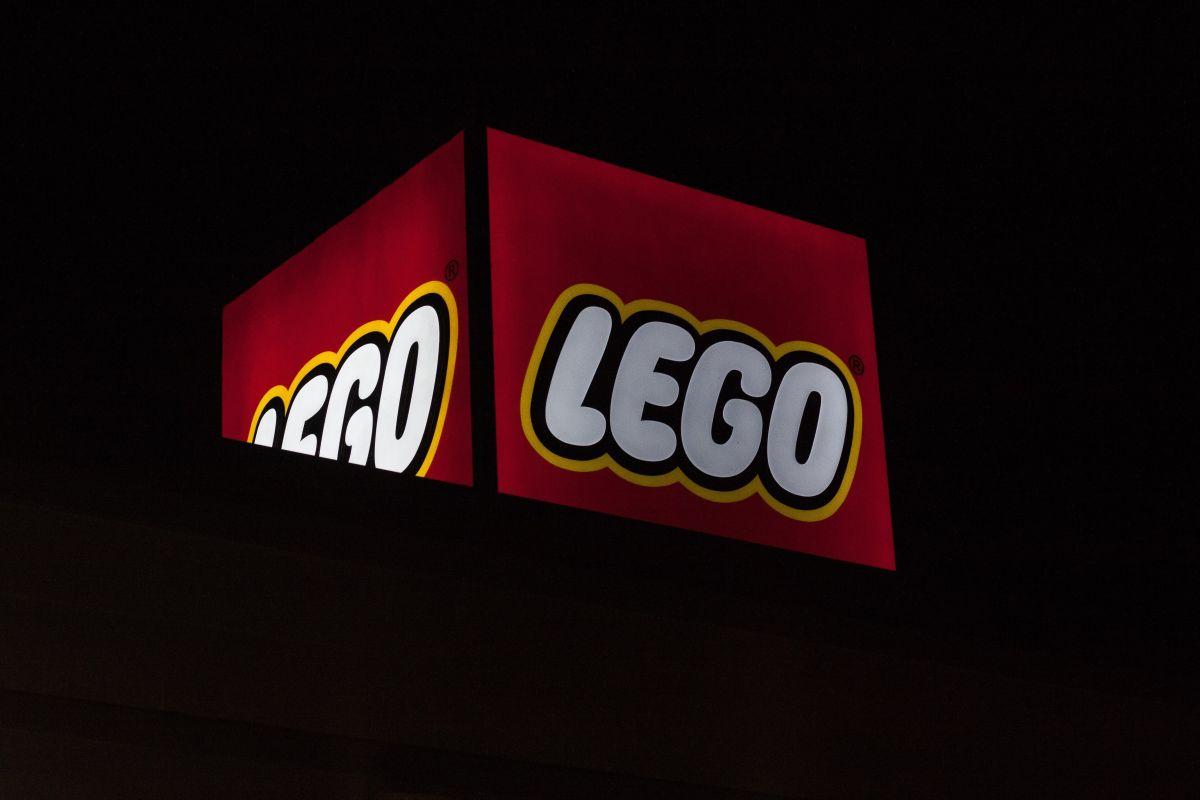 La Ford Bronco y el Chevrolet Corvette ya cuentan con un ejemplar Lego