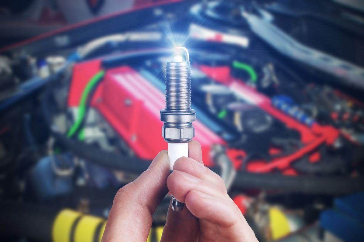 Por qué es importante tener la separación del electrodo en una bujía correcta