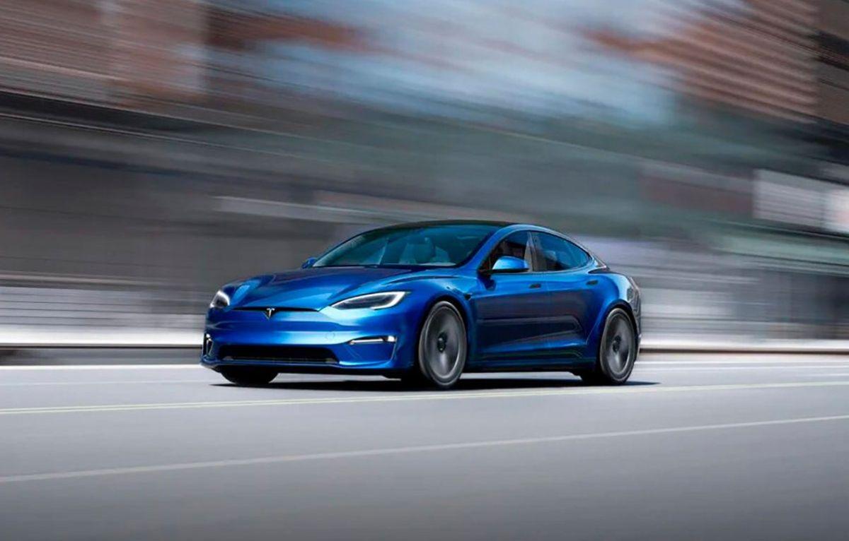 ELon Musk presenta el Tesla Model S Plaid, el auto de producción de la marca más rápido hasta el momento