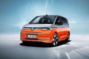 Volkswagen presenta la T7 Multivan, una furgoneta que luce más elegante y aerodinámica que su antecesora