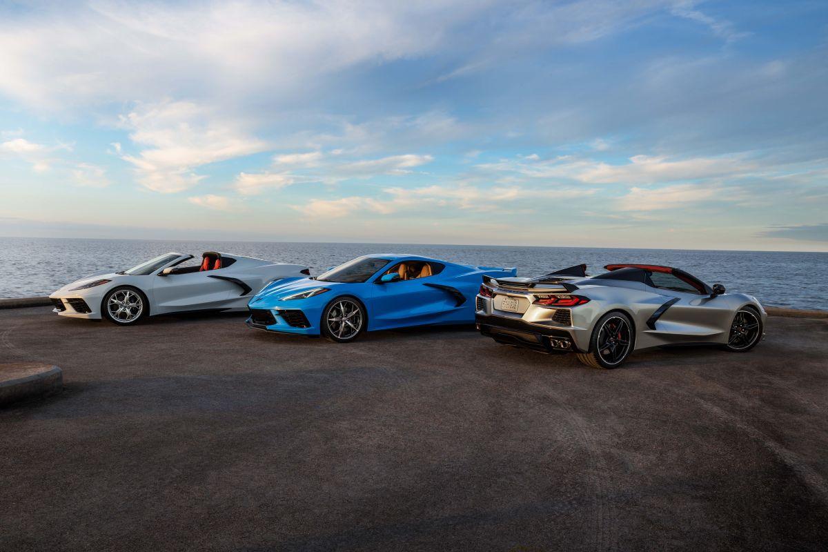 El Chevrolet Corvette 2021 puede ser maniobrado en 8 velocidades automaticas.