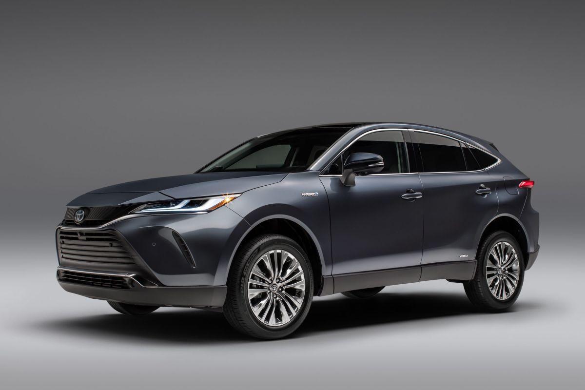 El Toyota Venza 2021 puede recorrer hasta 536 millas estando completamente lleno.