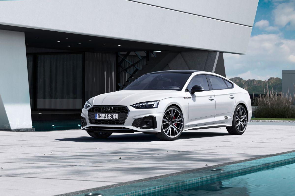 El Audi A5 2022 puede ser maniobrado en 7 velocidades automaticas.