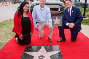 La Chevrolet Suburban fue galardonada con una estrella de Hollywood