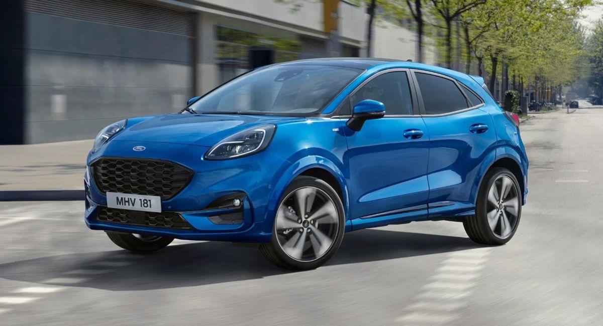 Ford ha comenzado esta transición ofreciendo servicios como Ford Express Buy que permite acercar el proceso de compra y arrendamiento de un automóvil a la experiencia de compra tradicional en línea.