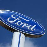 Ford elevó sus ganancias en el segundo trimestre... porque aumentó los precios de sus autos