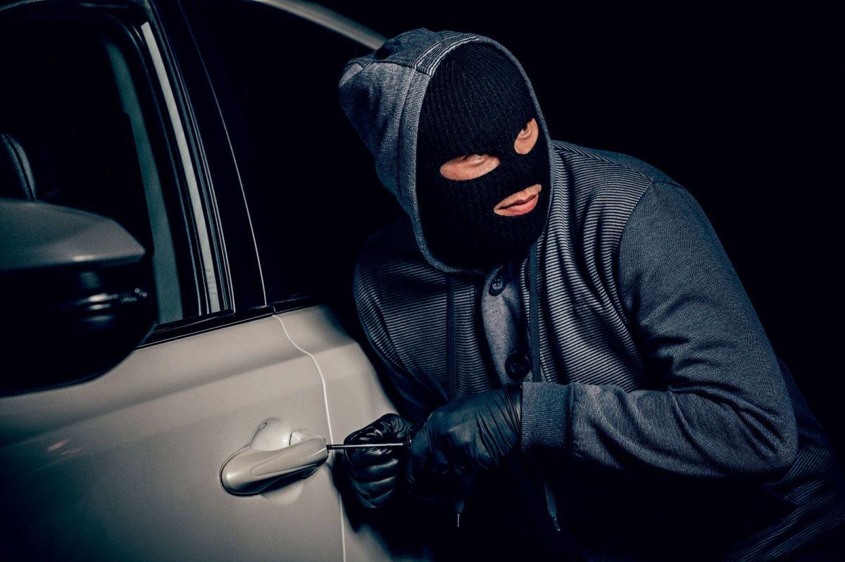Toma todas las precauciones para evitar que tu auto sea robado.