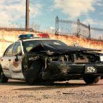 Este video de entrenamiento policial clásico muestra la forma correcta de embestir un auto en caso de emboscada