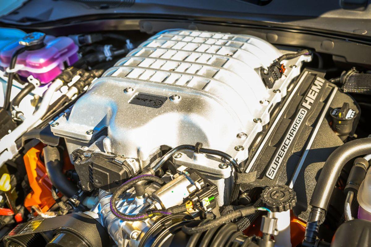 Los motores HEMI cuentan con altos caballos de fuerza.