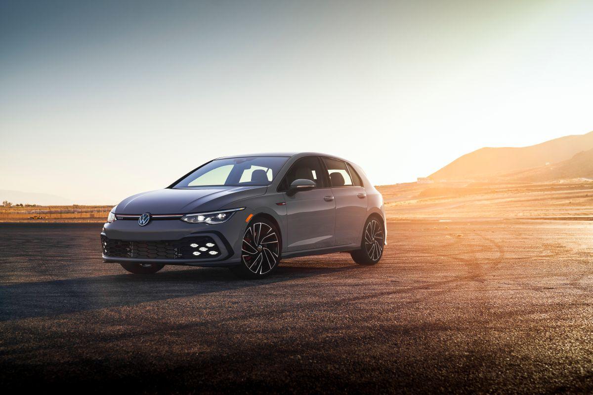 El Volkswagen Golf R 2022 opera a base de gasolina.