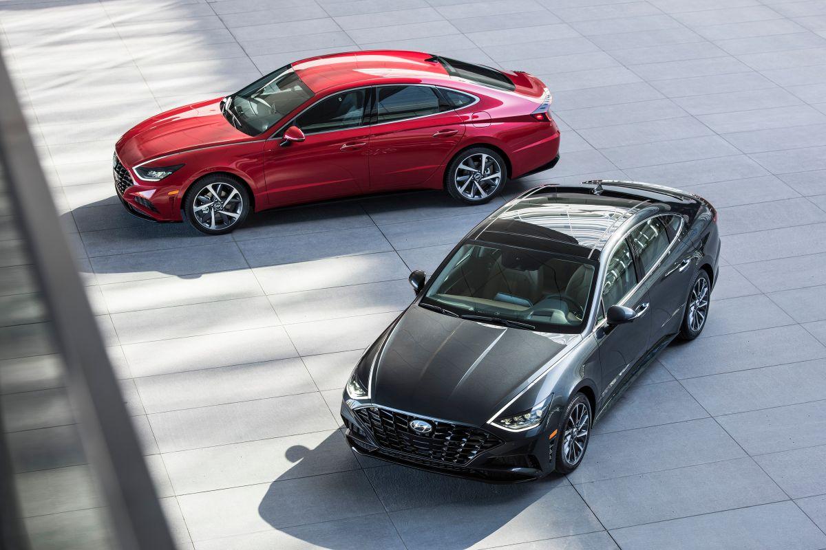 La transmisión del Hyundai Sonata 2021 es de 8 velocidades automáticas.