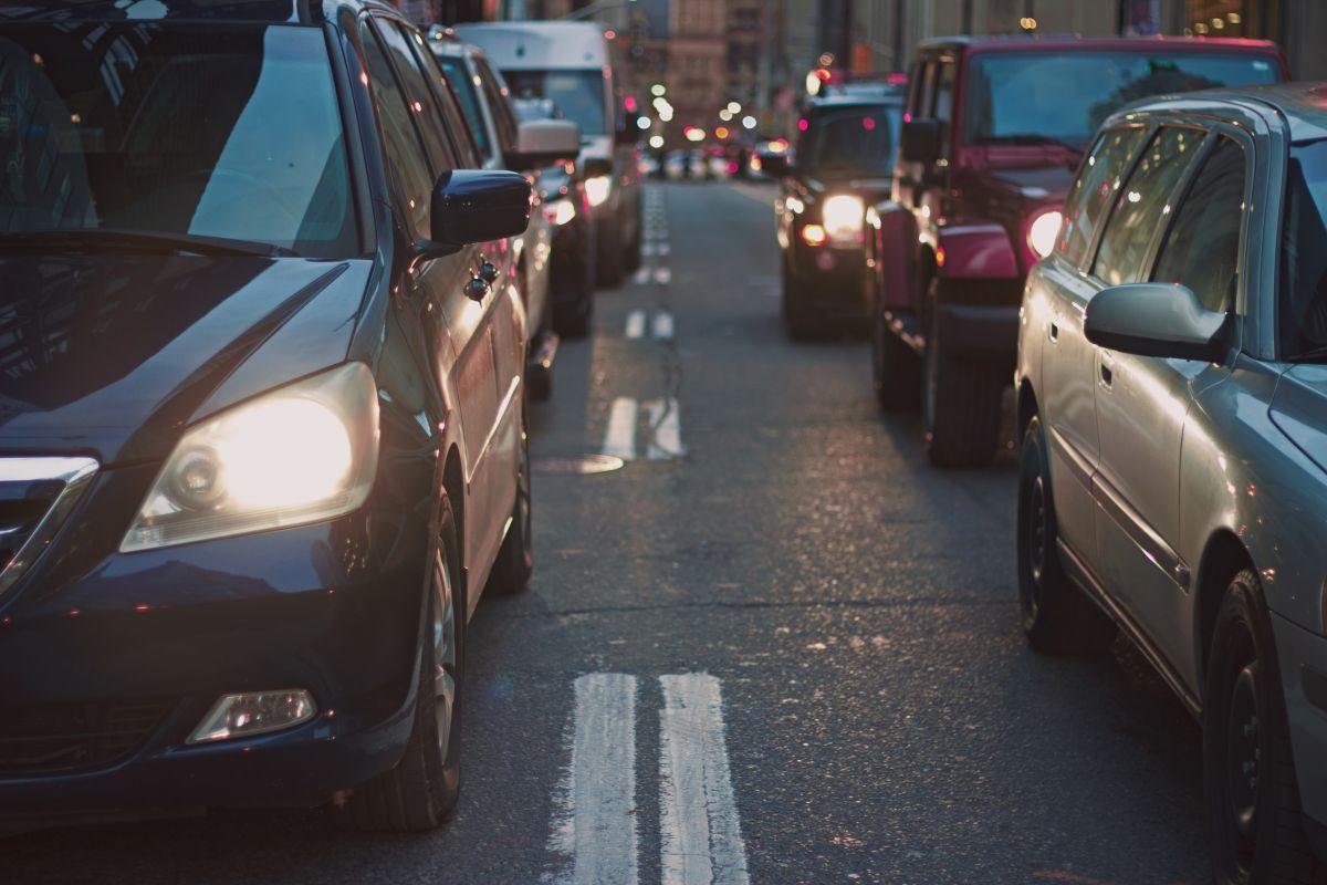 Los precios de los autos ha fluctuado significativamente en los EE.UU. en los meses posteriores al comienzo de la pandemia.