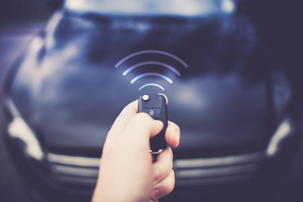 Ring Car Alarm es un dispositivo que te permite saber que algo le pudo haber sucedido a su auto