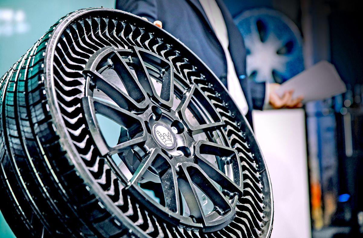 Con esta nueva tecnología de neumáticos sin aire, Michelin busca mejorar el rendimiento de todos los autos.